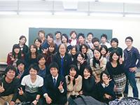 飯田弁護士と立命館大学のゼミ生